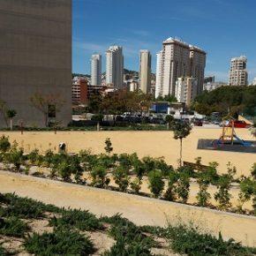 La Cala de Benidorm estrenará este verano parque infantil adaptado gracias a Ciudadanos