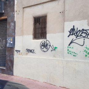 Cs Torrevieja propone reformar la Ordenanza de Fomento de Calidad del Medio Urbano para incrementar las medidas contra las pintadas callejeras