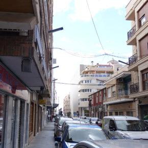 Cs Torrevieja propone crear una ordenanza reguladora que desarrolle un plan de soterramiento del cableado eléctrico aéreo