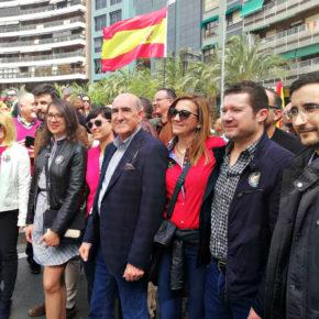 """Ciudadanos encabeza la manifestación por la equiparación salarial de Policía y Guardia Civil en Alicante en apoyo a """"una reivindicación justa"""""""