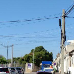 Cs Torrevieja saca adelante su propuesta de soterrar el cableado aéreo en el centro urbano y eliminar su impacto visual