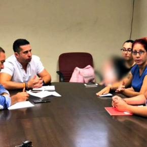 Ciudadanos se reúne con una representación de los padres de los 60 niños que Conselleria ha dejado sin servicio de Atención Temprana en Cruz Roja Petrer