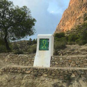 """Víctor Sales denuncia """"pintadas en la Sierra del Cid con mensajes independentistas que atentan contra el patrimonio natural"""""""